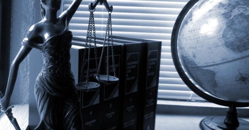 Gesetze für Zahlungs- und E-Geld-Institute